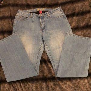 EUC Bill Blass Stretch Bootcut Jeans Size 14W